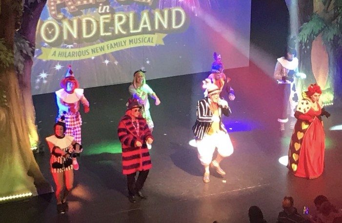 Review: Alice in Wonderland at the Harlow Playhouse