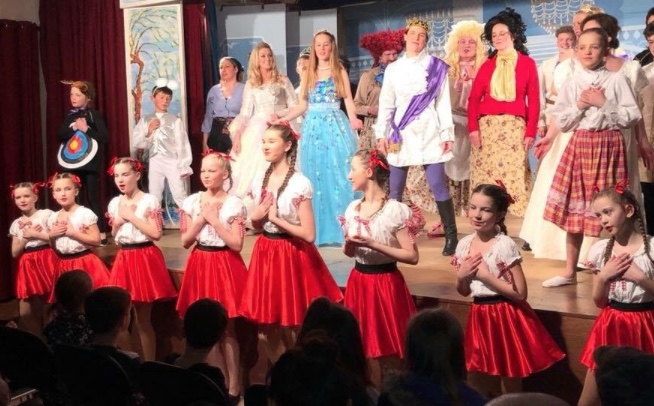 Review: Cinderella at Magdalen Laver