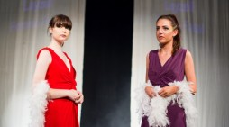Harlow College host fashion show