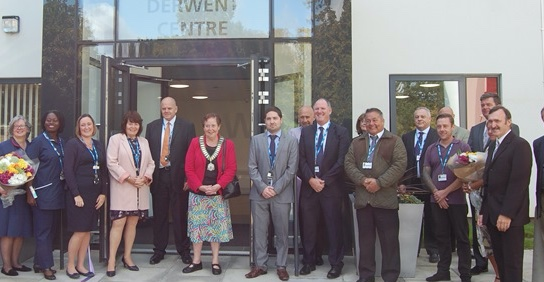 Chair of Harlow Council opens newly refurbished Derwent Centre