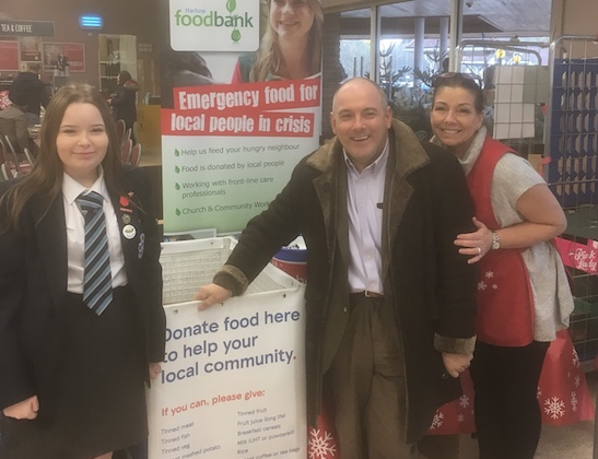 Passmores Academy students help put at Foodbanks