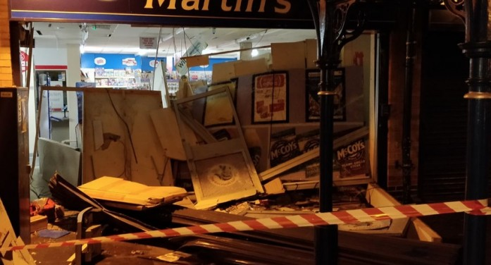 Ramraid at Martins newsagents in Staple Tye