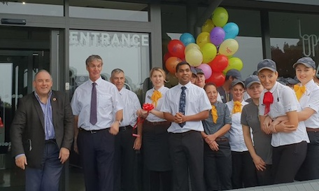 Harlow MP welcomes opening of refurbished McDonalds