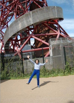 Granny takes on the Orbital for St Clare Hospice