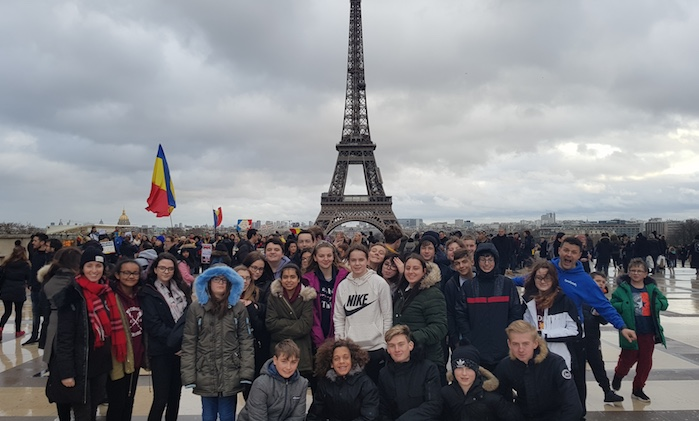 Passmores students fall in love with Paris