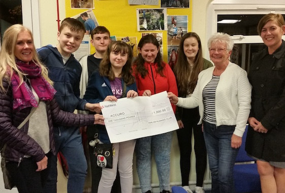 Harlow Running Club raise a cool grand for charity from road race