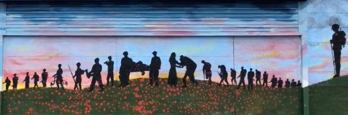 Artists decorate Royal British Legion mural with WW1 theme