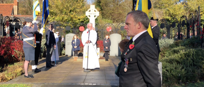 Harlow remembers the fallen on Armistice Day