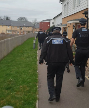 Essex Police conduct drugs raid off Fifth Avenue.