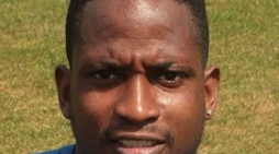 Football: Harlow Town sign key defender