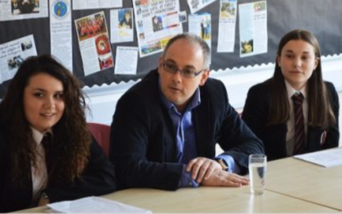 Harlow MP Robert Halfon shares supportive message to teachers and schools on funding