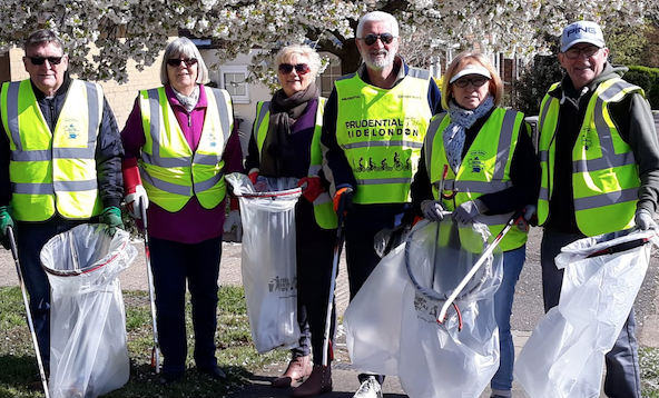 Harlow Old Walkers clean up the town
