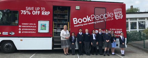 Book Bus visits St Albans and St Lukes
