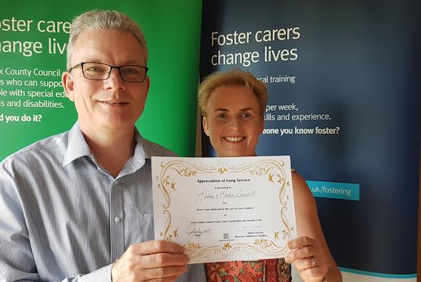 Dedicated Harlow foster parents win award