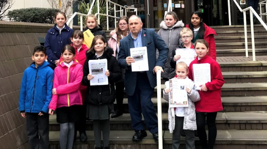 Harlow MP welcomes decision to save Harlow libraries