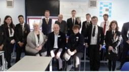 Harlow MP Robert Halfon visits Stewards Academy