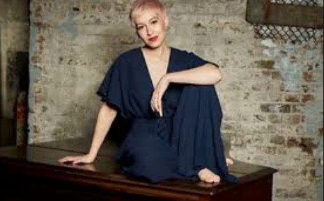 Eurovision's SuRie looking forward to return to Harlow Playhouse