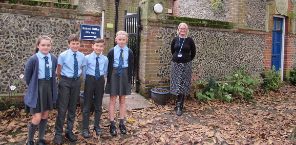 Young leaders at Roydon Primary given new roles