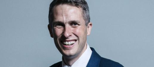 Robert Halfon questions Education Secretary over school pupil absences