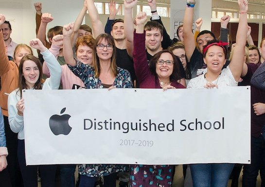 Harlow College named Apple Distinguished School