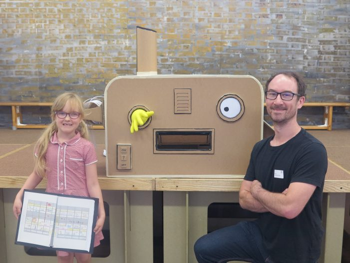 London artist brings 'imagination machine' to Tany's Dell Primary School