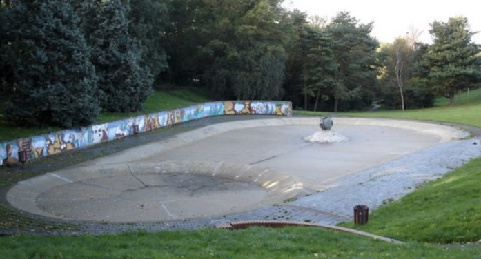 Harlow paddling pools to be closed all summer