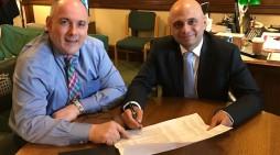MP Robert Halfon presses Chancellor over new hospital for Harlow