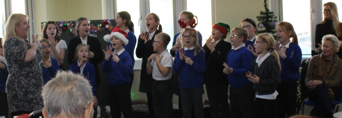 Katherines Primary pupils bring Christmas cheer to PAH patients
