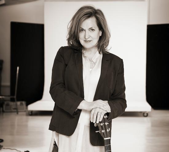 Barbara Dickson set to play Harlow Playhouse