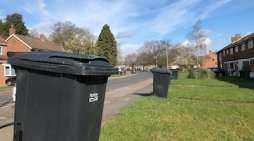 MP Robert Halfon writes to Veoila over working conditions for bin men in Harlow