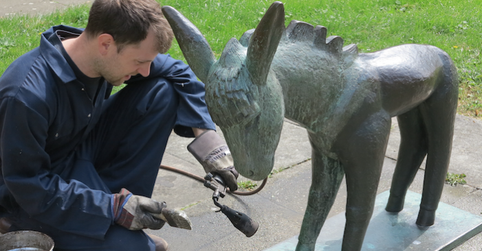 Conservationists clean up Harlow's treasured sculptures