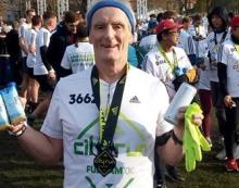 Athletics: Chelsea fan Robin runs rings around Fulham