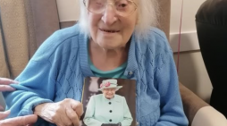 Ashlyn's resident Doris celebrates her 100th birthday