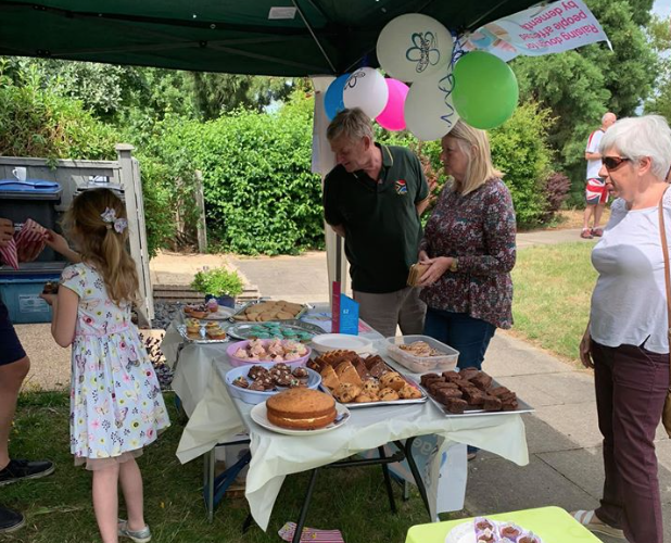 Daisy raises hundreds more with charity cake stall