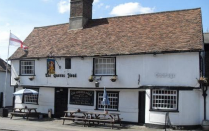 """Queens Head pub in Old Harlow """"hopes to be back in due course"""""""